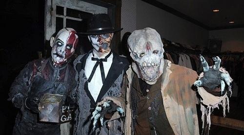Booboo Stewart at Knott's Scary Farm हैलोवीन Haunt (13.10.10)