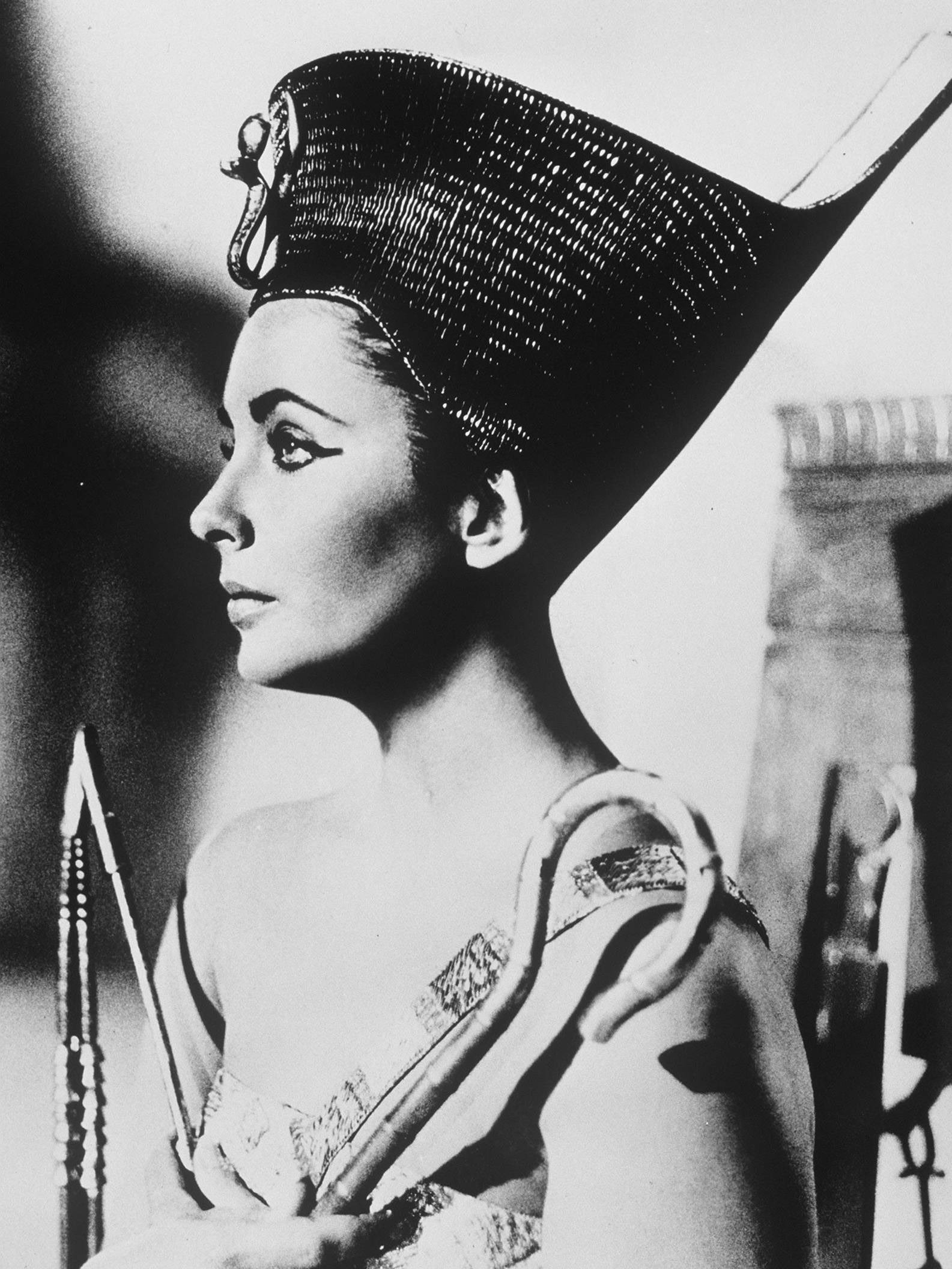 cleopatra 1963 film It probably began as an idea tossed about the luncheon table during some, long alcohol-lubricated, executive sojourn—make a film about ancient history's most.