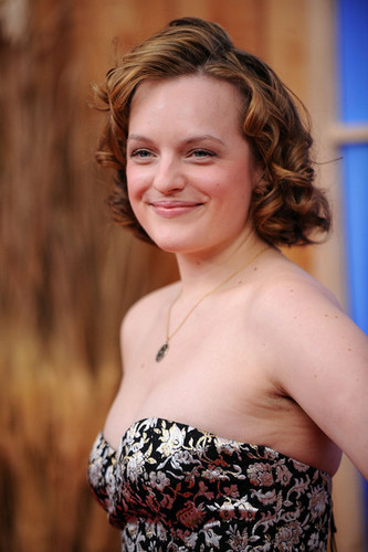 "Elisabeth Moss - Premiere Of ""Did 你 Hear About The Morgans?"" - Arrivals"