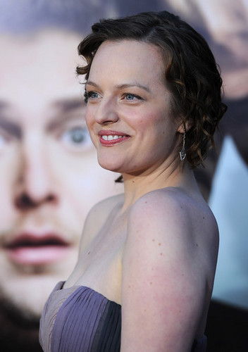 """Elisabeth Moss - Premiere Of Universal Pictures' """"Get Him To The Greek"""" - Arrivals"""