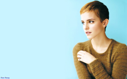Emma aka Hermione kertas dinding