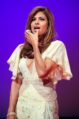 """Eva Mendes - """"The Other Guys"""" in Moscow"""