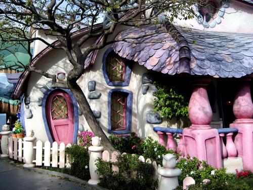 fantaisie House