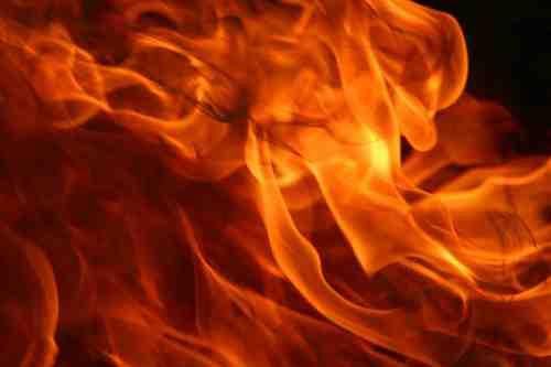 api, kebakaran