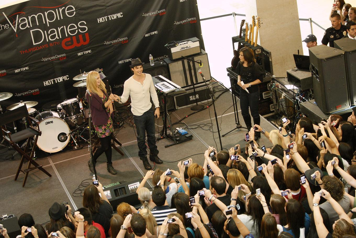 http://images4.fanpop.com/image/photos/16200000/Hot-Topic-Tour-in-Texas-the-vampire-diaries-16246872-1361-908.jpg