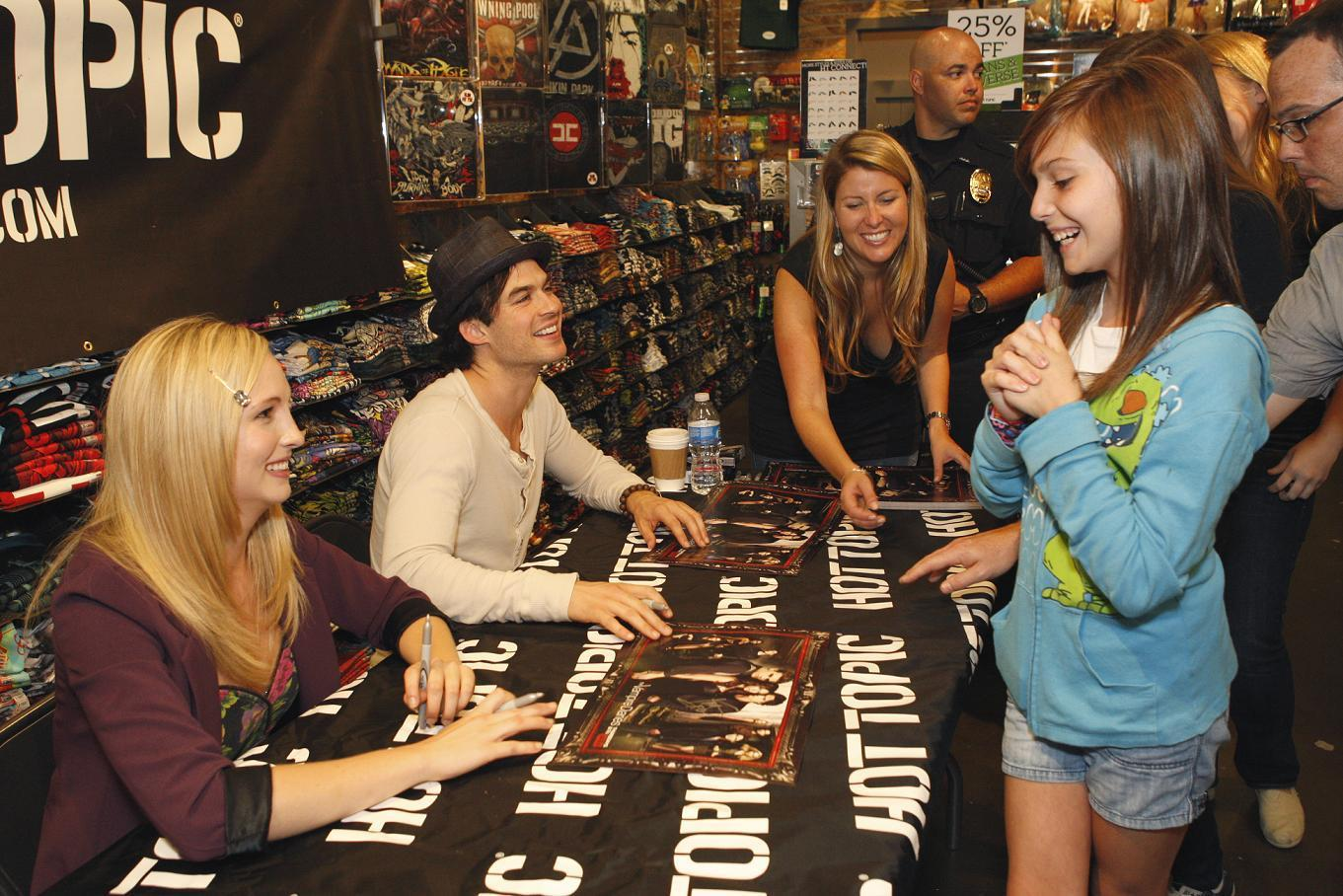 http://images4.fanpop.com/image/photos/16200000/Hot-Topic-Tour-in-Texas-the-vampire-diaries-16246876-1361-908.jpg