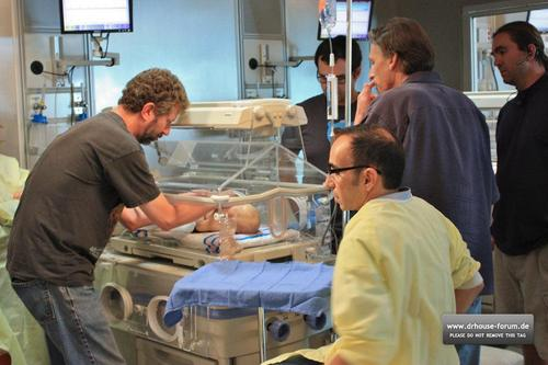 House - Episode 7.05 - Unplanned Parenthood - Behind the Scenes Pics