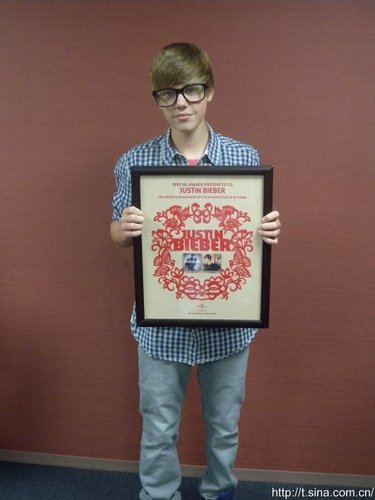 JB's albums went 3 platinum in China!