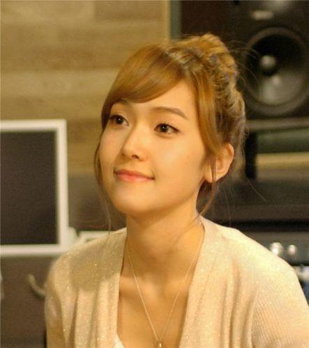 Jessica nickname - the honey skin beauty