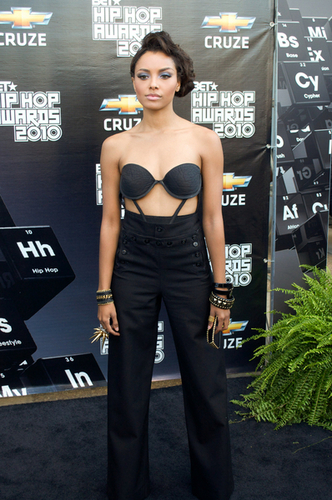Katerina Graham wallpaper possibly with a brassiere and attractiveness called KAT GRAHAM AT BET HIP HOP AWARDS 2010