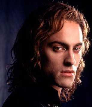 Lestat wallpaper containing a portrait called Lestat