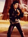 MOONWAKLER - michael-jackson photo