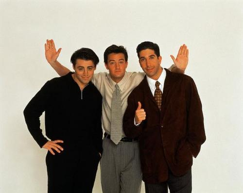 Matt le blanc fond d'écran containing a business suit, a well dressed person, and a suit called Matt LeBlanc, Matthew Perry, and David Schwimmer