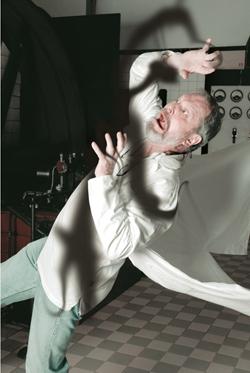 Metamorphosis of Dr. Gregor Samsa 由 TERRY GILLIAM inspired 由 Franz Kafka
