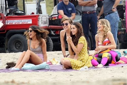On The Set of 90210 Season 3 > October 14th, 2010