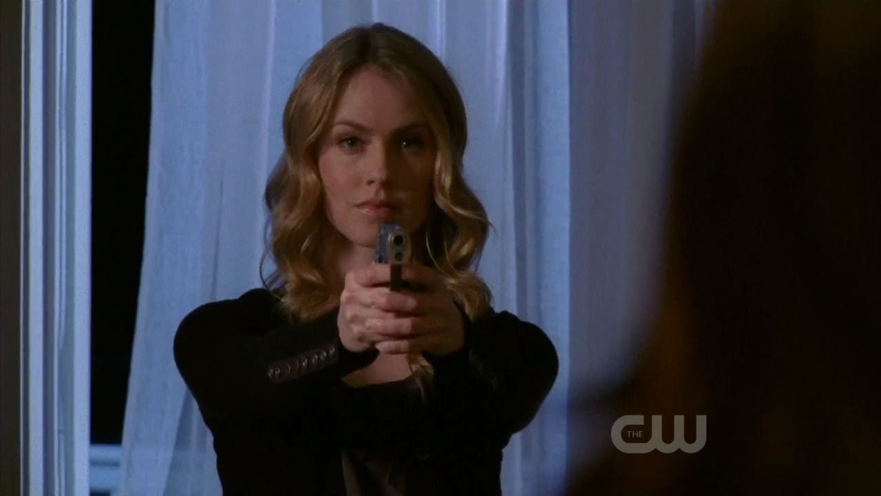 amanda schull in one -#main