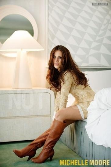 Photoshoot - Zooey Magazine (October 2010)