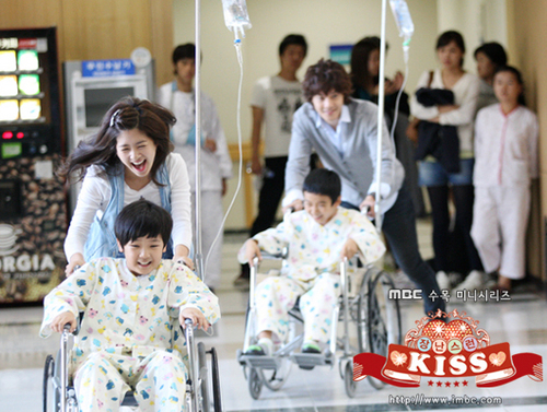 Playful 吻乐队(Kiss) stills/screencaps