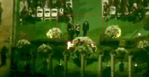 Rare - Paris and Prince if approaching to the coffin of the father to place the crown.