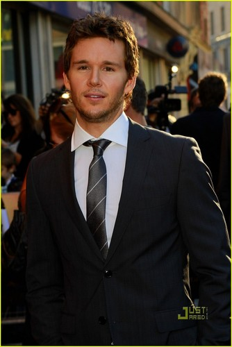 Ryan Kwanten - Legend of the Guardians: The Owls of Ga'hoole UK premiere - true-blood Photo