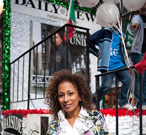 Tamara Tunie - Daily News float at Columbus día Parade