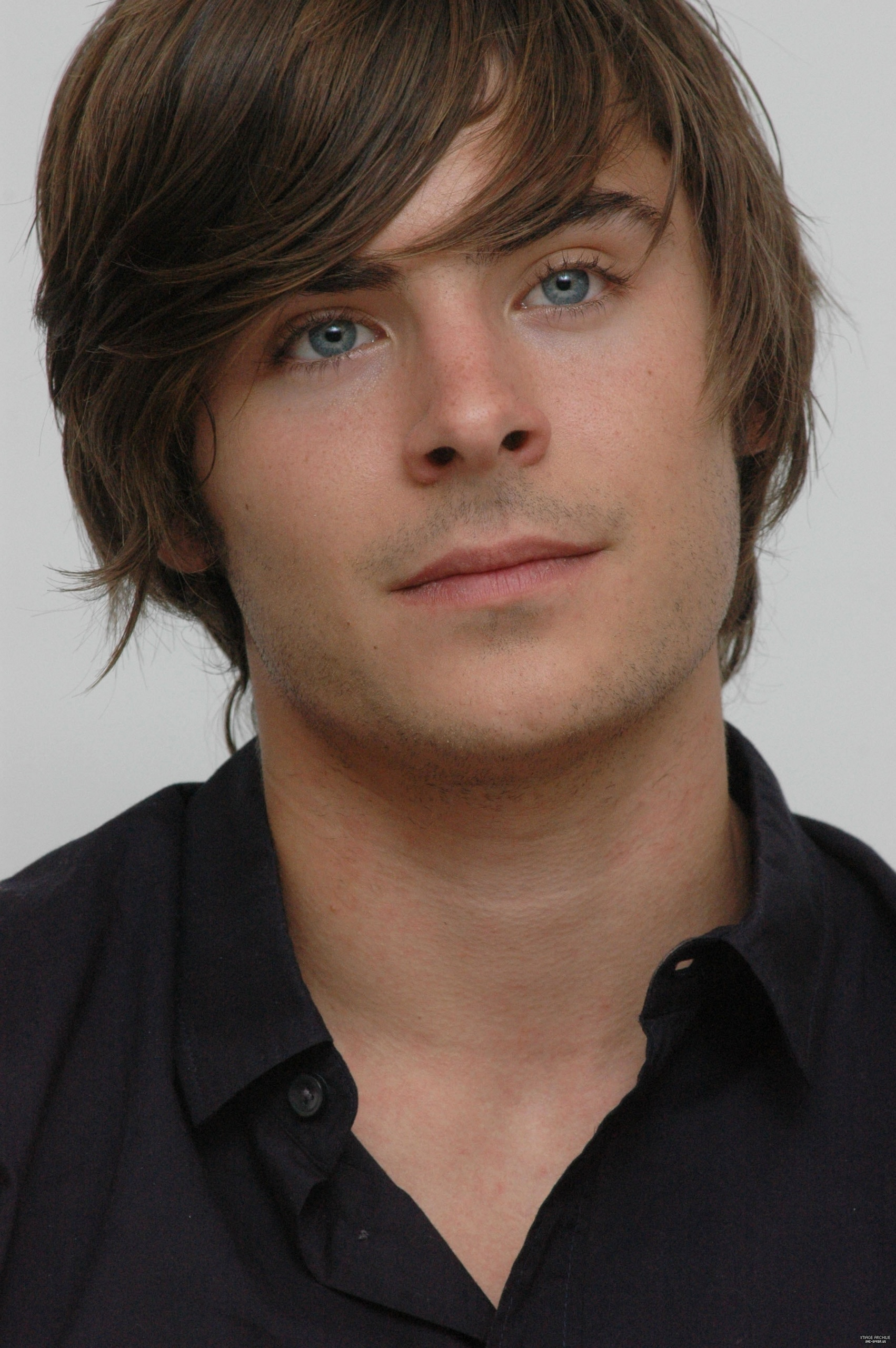 Zac Efron - Wallpaper Colection