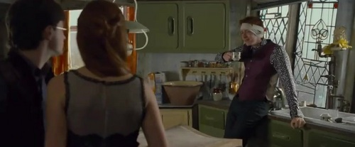 2010. Harry Potter and the Deathly Hallows I TV Spots  - harry-potter Screencap