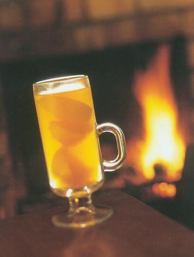 A Hot Toddy por the fuego