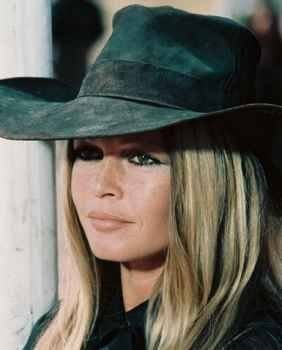 Brigitte Bardot hình nền with a snap brim hat, a campaign hat, and a hải ly, cướp biển entitled BB