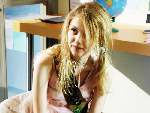 Cassie Ainsworth wallpaper possibly containing a portrait titled Cassie