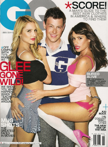 স্বতস্ফূর্ত দেওয়ালপত্র possibly with bare legs, attractiveness, and a portrait entitled Dianna, Lea , and Cory - GQ Magazine