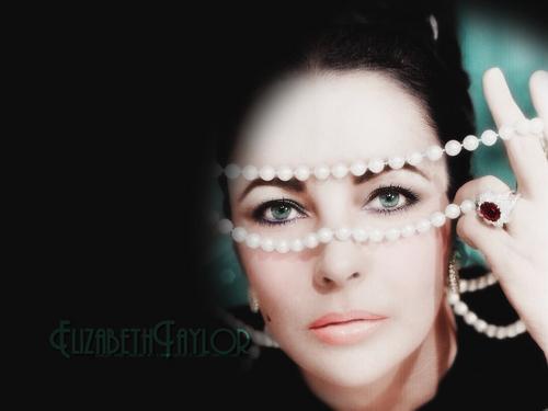 伊丽莎白·泰勒