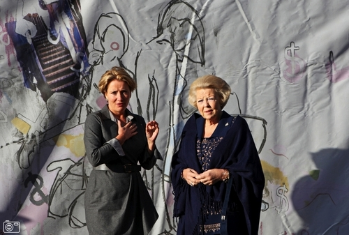 Emma Thompson wallpaper called Emma Thompson with Queen Beatrix of The Netherlands