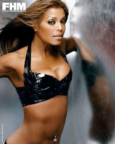 Janet Jackson Shows Off Bikini Bod