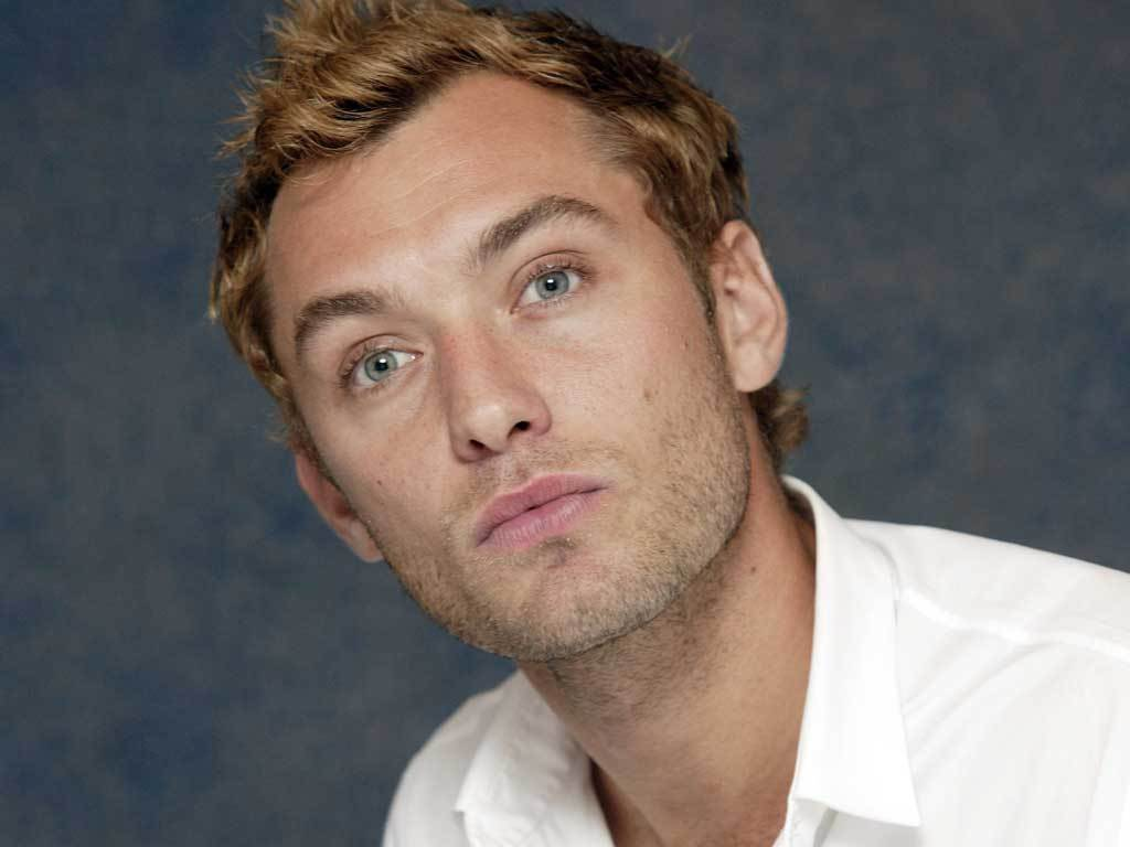Jude Law - Jude Law Wallpaper (16362996) - Fanpop Jude Law