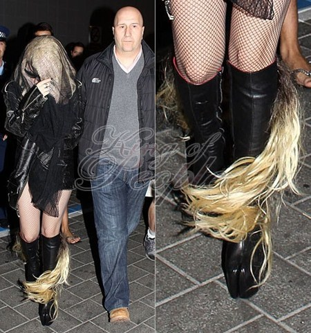 LADY GAGA SHOES - lady-gaga Photo