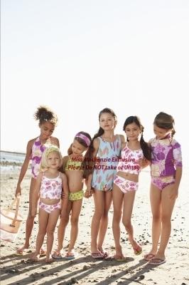 renesmee carlie cullen wallpaper with a bikini titled Mackenzie Foy - Photoshoot