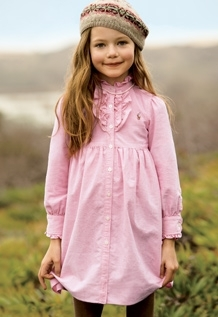 Twilight Series wallpaper possibly with a box coat, an outerwear, and an overgarment called Mackenzie Foy