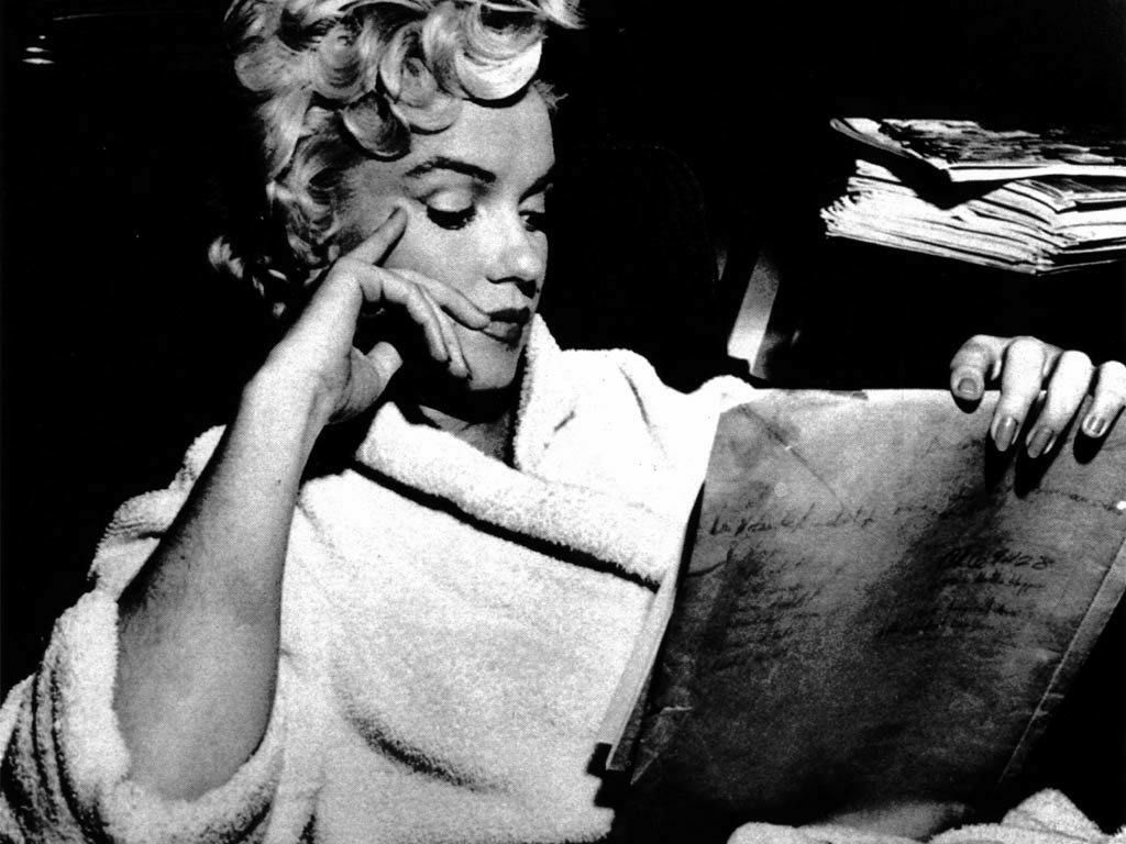 MARILYN MONROE - MARILYN MONROE Wallpaper (16359993) - Fanpop