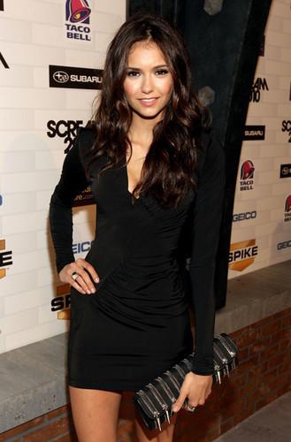 Nina Dobrev / 2010 Scream Awards