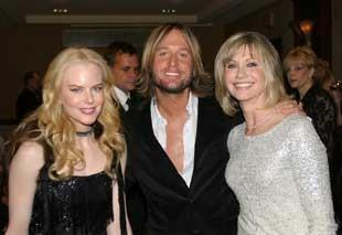 Olivia and fellow Aussies Keith Urban and Nicole Kidman
