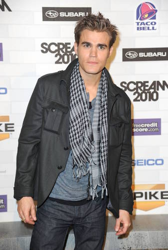 Paul_Scream Awards, October 2010