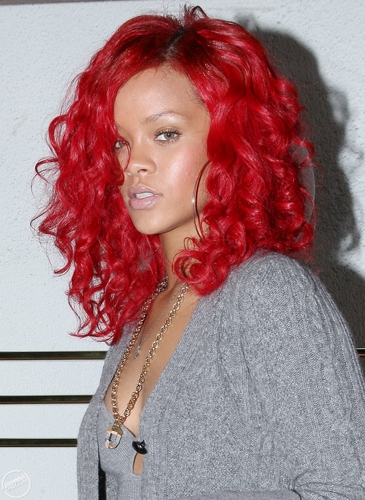 Rihanna at Madeo Restaurant in Los Angeles - October 17, 2010