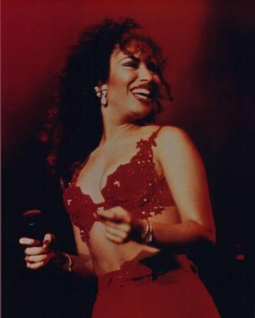 Selena Quintanilla-Pérez wallpaper probably containing attractiveness, a lingerie, and an undergarment entitled Selena