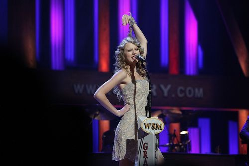 Taylor schnell, swift at The Grand Ole Opry
