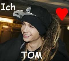 Tom♥:')