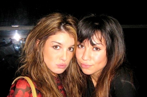 Shenae Grimes wallpaper entitled With family and friends.