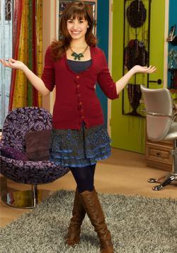 Sonny Munroe wallpaper with a hip boot entitled demi