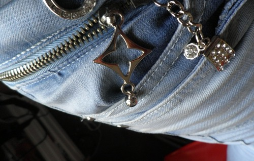 my normal jeans with metal logo Louis Vuitton