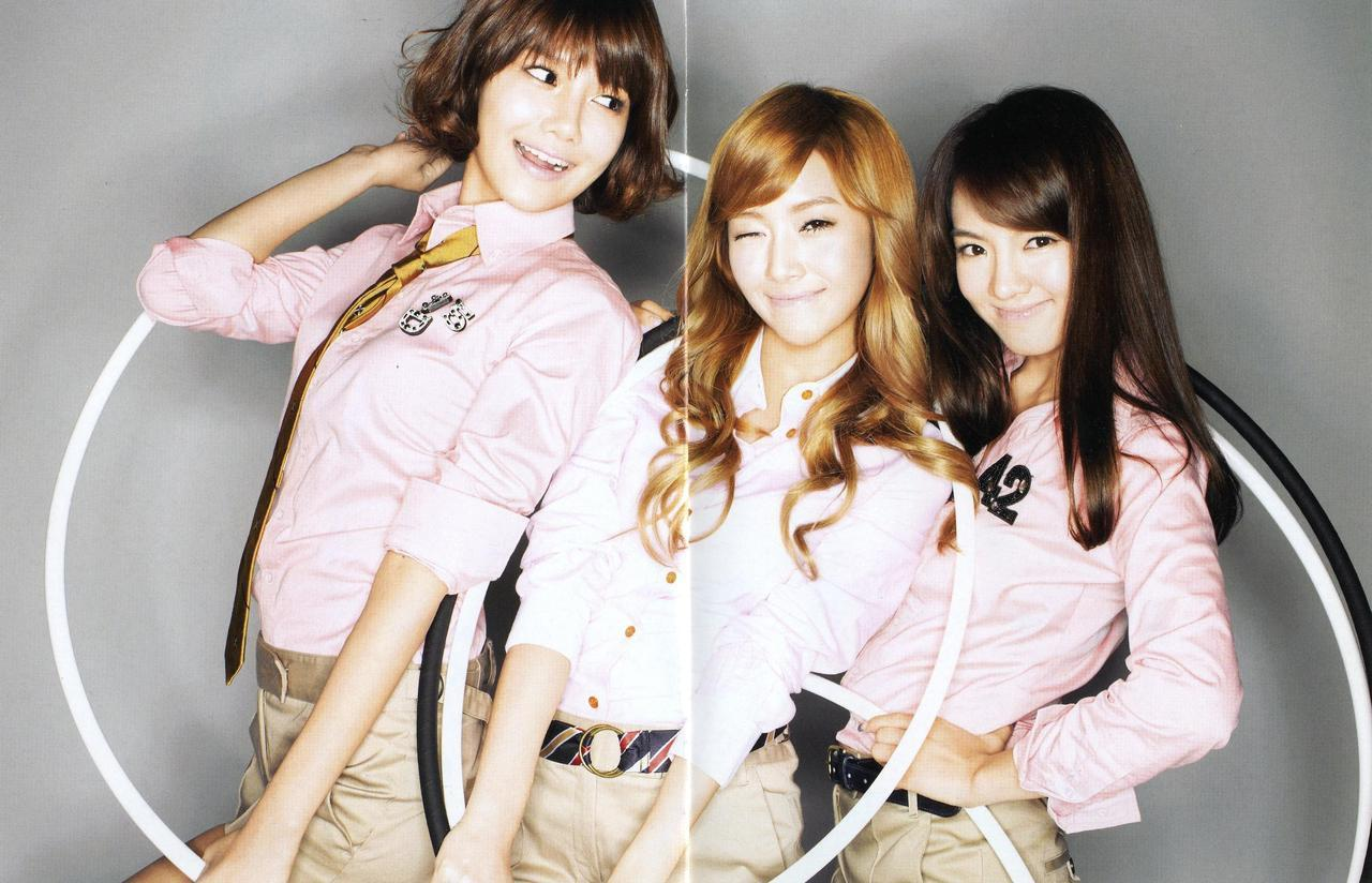 Girls generation snsd sooyoung jessica hyoyeon